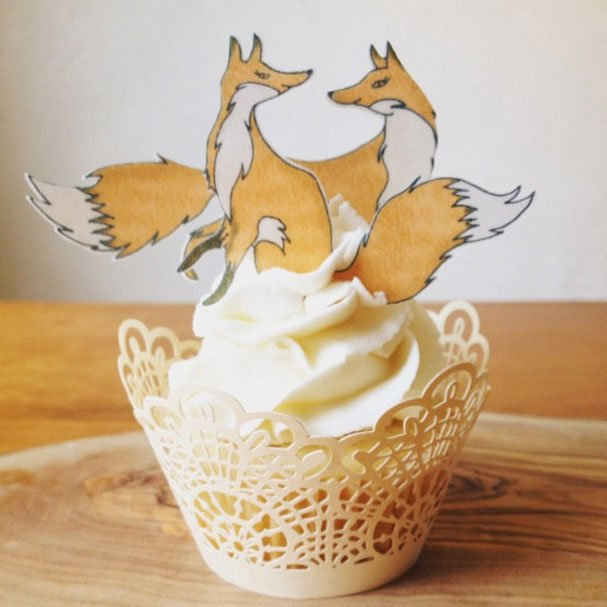 Medium Foxes